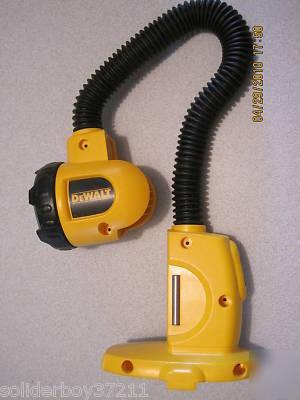 dewalt flashlight 18v. dewalt dw919 18v flexible flashlight floodlight light 18v d