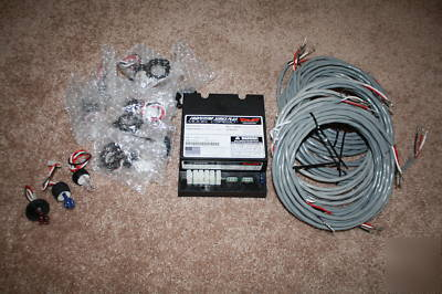 CSP690 strobe light kit 6 bulbs 6 cables